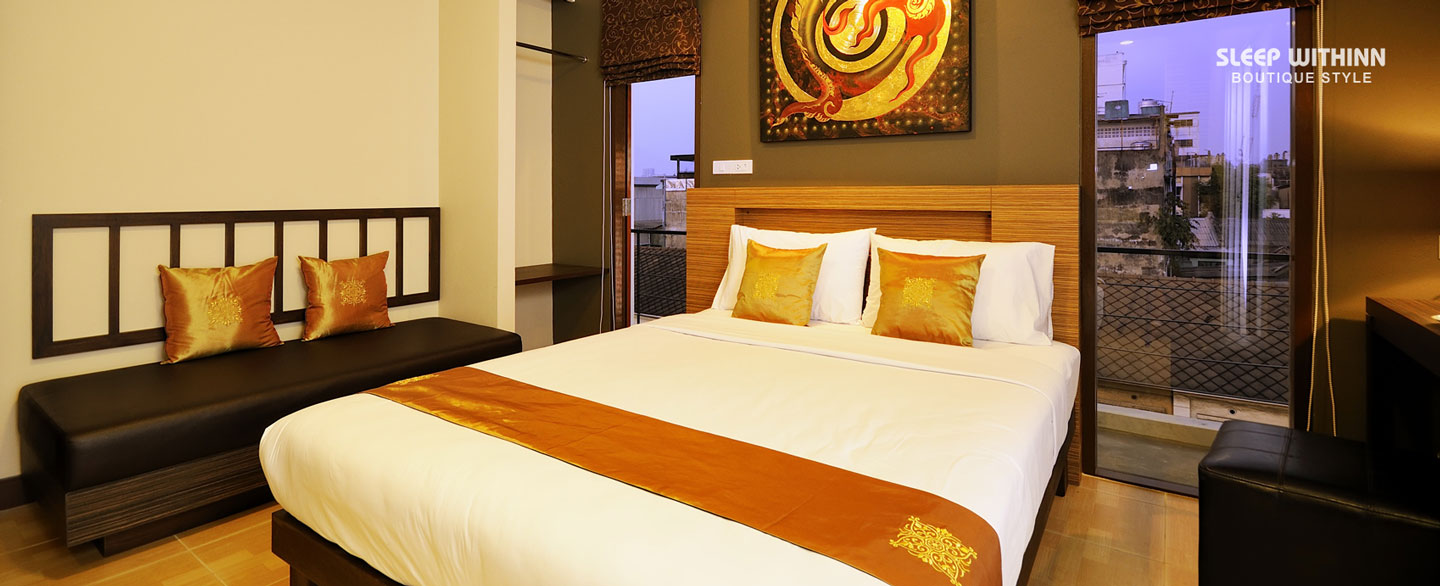 premier-double-room-near-khaosan-road